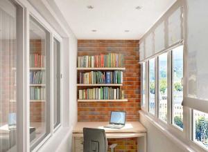 Остекление балкона. Какой вариант выбрать?