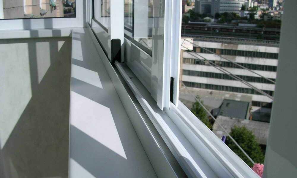 Остекление балконов профилем Рехау в Днепре. Доставка. Монтаж