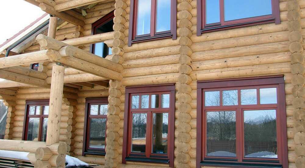 Пластиковые окна Рехау в дом из бревна — сруб