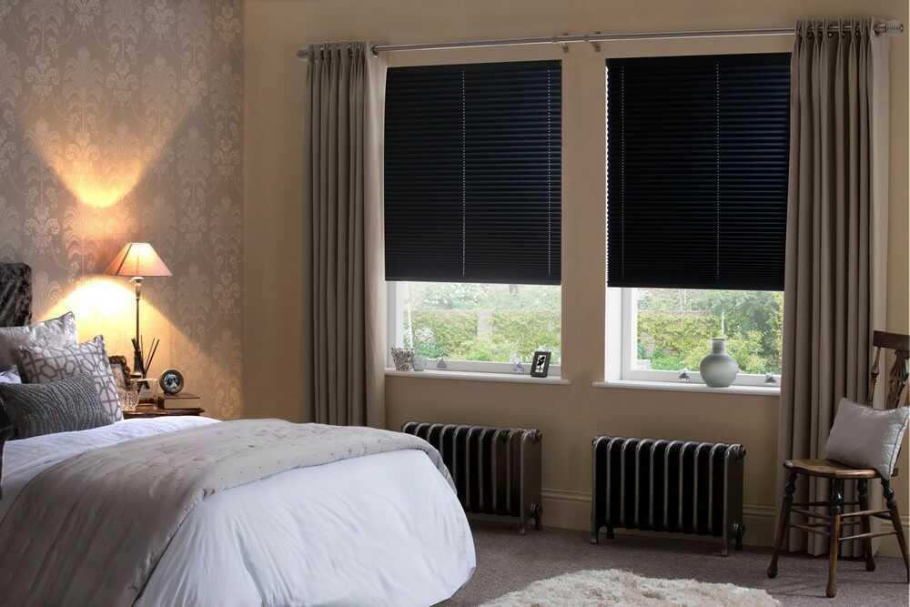 Пластиковые окна в спальне. Заказать пластиковые окна Рехау в Днепре